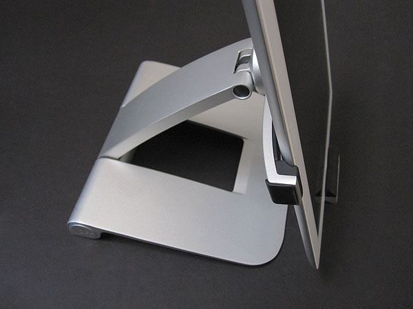 Review: Mophie Powerstand for iPad