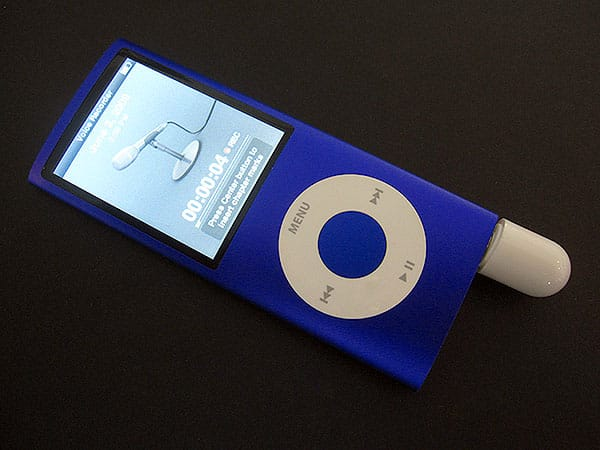 Review: Ozaki iPill On-The-Go Mic for iPod nano 4G + iPod touch 2G