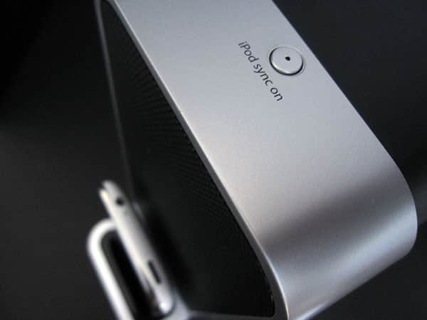 Review: iHome iP71 Computer Speakers for iPhone & iPod