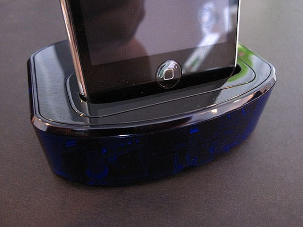 First Look: ThinkFlood RedEye Wi-Fi to Infrared Bridge for iPod + iPhone