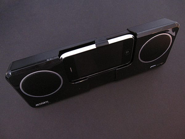 Review: Jensen JiSS-250i Docking Speaker Station for iPod and iPhone