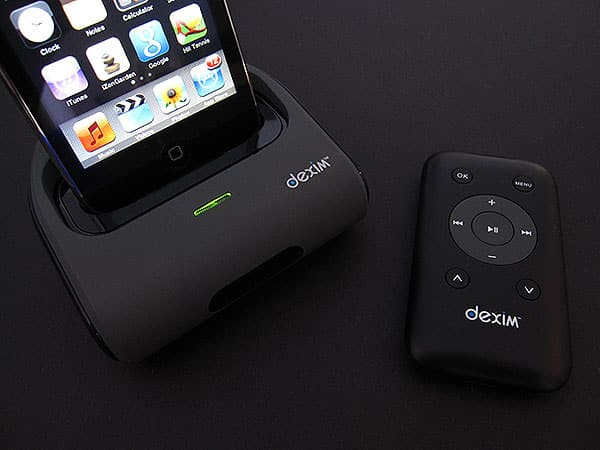 Review: Dexim AV Dock Station with Remote Control for iPhone/iPod