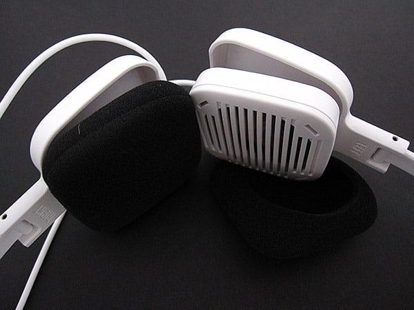 Review: JAYS c-JAYS Elastic Multi Layer Speaker Headphones