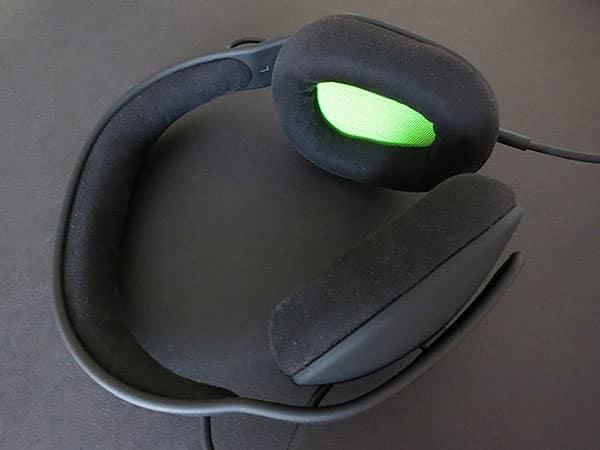 Review: Incase Reflex On Ear + Sonic Over Ear Headphones