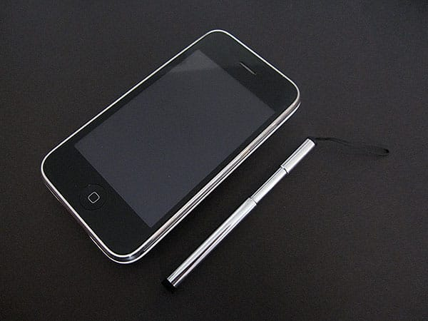First Look: Konnet Essential Pack for iPhone 3G