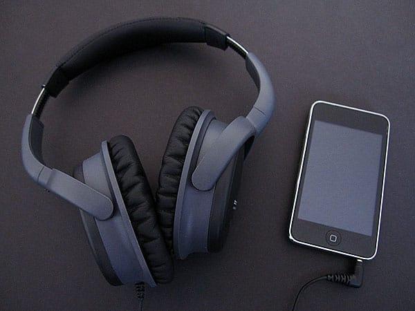 Review: Phitek Blackbox M10 Active Noise Canceling Headphones