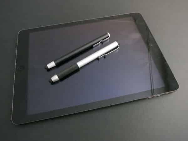 Review: Logiix Stylus Aluminum Mini + Pro