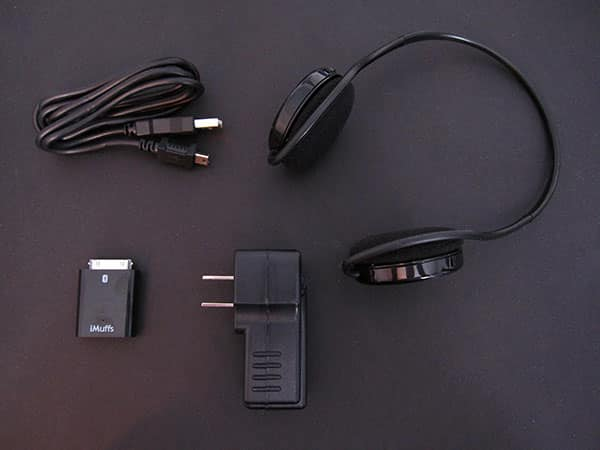 Review: Wi-Gear iMuffs MB220 Bluetooth Headset for iPod and iPhone