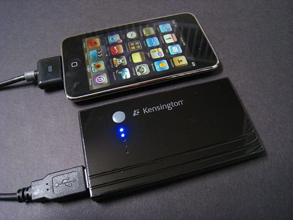 Preview: Kensington Battery Pack and Charger for iPhone and iPod