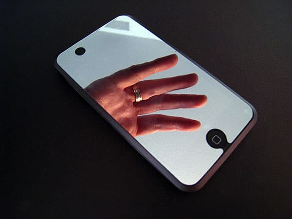 Review: Pacific Rim Technologies Mirrored Film for iPod touch