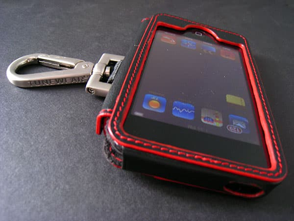 Review: Tunewear Ambassador SideHook for iPod touch