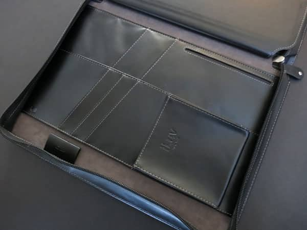 Review: iLuv Chairman Folio for iPad 2, iPad (3rd/4th-Gen)