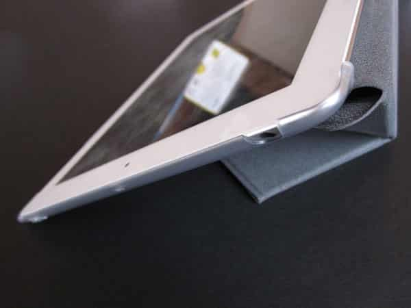 Review: Moshi VersaCover for iPad (3rd/4th-Gen)