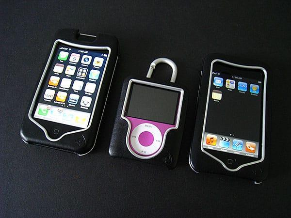 Review: Uniea U-Suit Premium for iPod nano, touch + iPhone