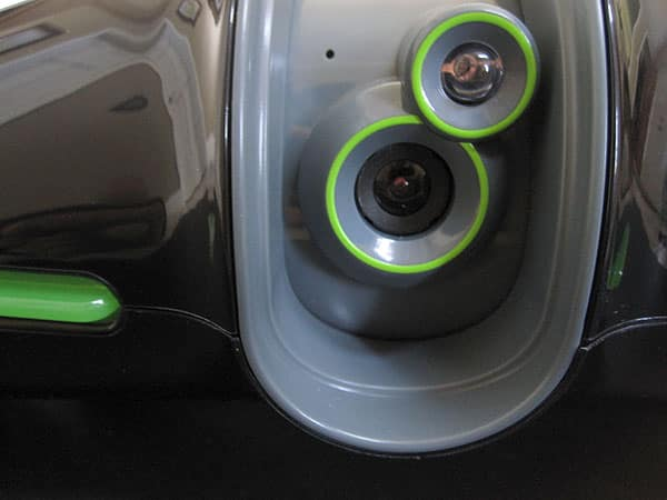 Review: Brookstone Rover 2.0 App-Controlled Wireless Spy Tank