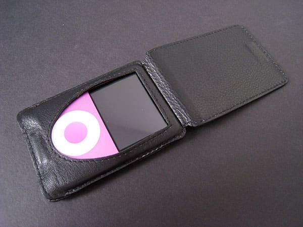 Review: Marware C.E.O. Slim Fold for iPod nano