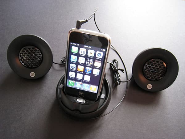 Review: DLO Portable Speakers for iPhone