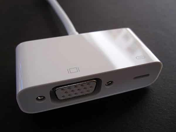 Review: Apple Lightning to VGA Adapter