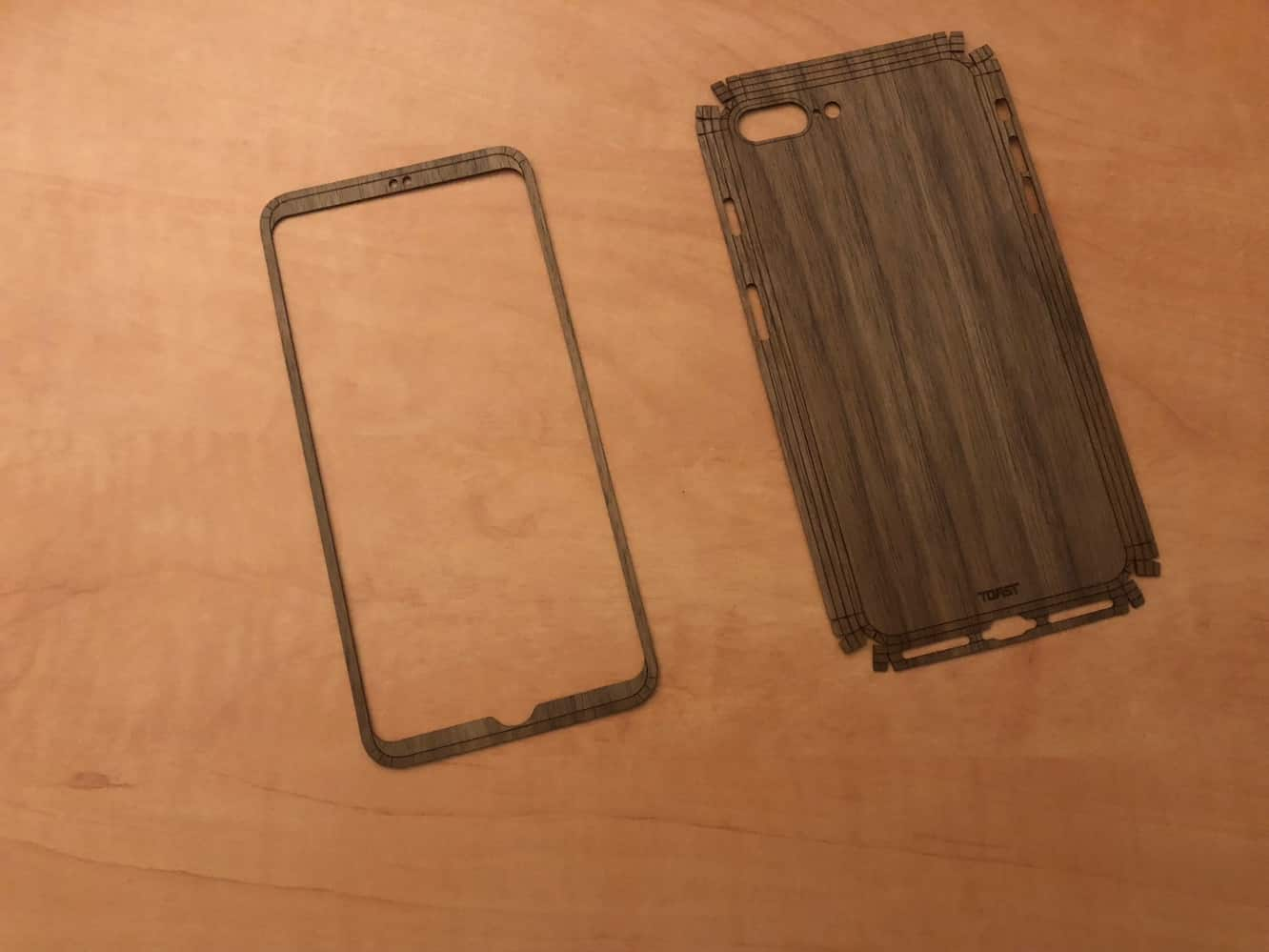 Toast Natural Wood Cover for iPhone