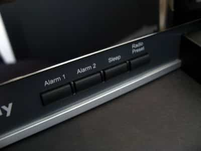 Review: Macally TunePro Flat Panel Stereo Speaker with AM/FM Alarm Clock Radio