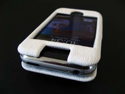 Review: Uniea U-Suit for iPhone
