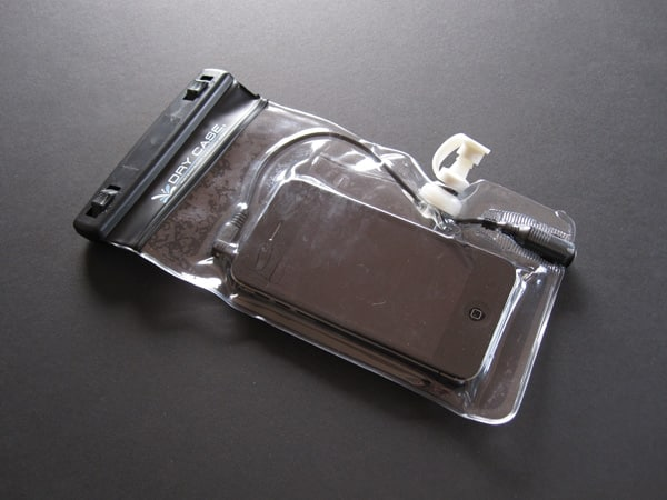 Review: Dry Corp DryCASE Waterproof Phone & MP3 Case + DryCASE Tablet Waterproof Case