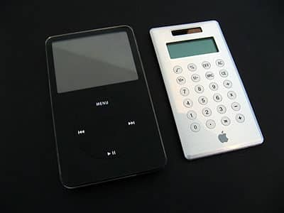 Apple's iCalculator as iPod 6G inspiration?