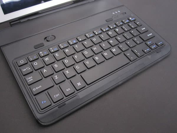 Review: Favi Swivel Screen Portfolio Case with Bluetooth Keyboard for iPad Air