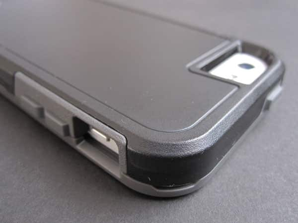 Review: Zagg Arsenal for iPhone 5/5s