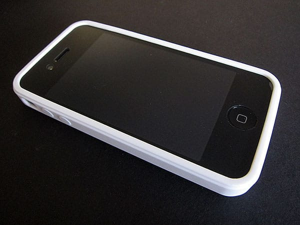 First Look: id America Gasket + Skyline Cases for iPhone 4