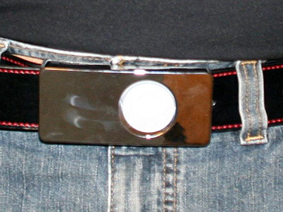 Review: TuneBuckle Full Moon (Mod Silver) for iPod nano