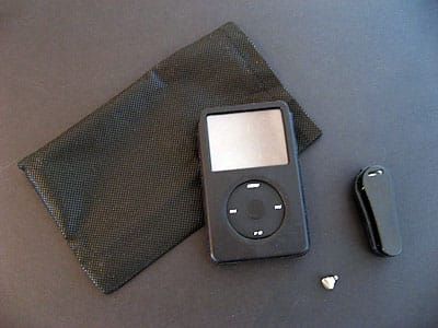 Review: BoxWave Designio Leather Shell Case for iPod 5G (video)