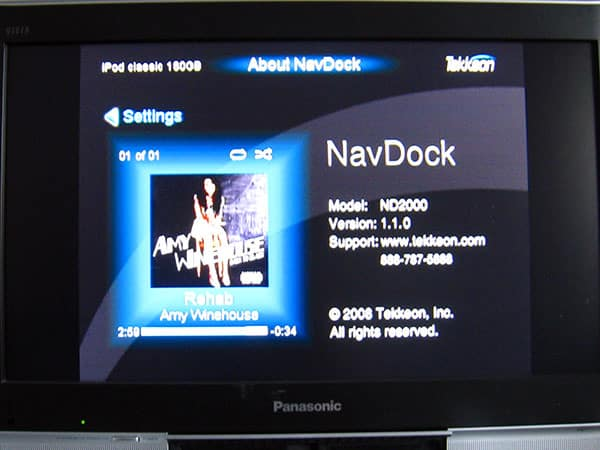Review: Tekkeon NavDock Home Media Center with On-TV Navigation for iPod