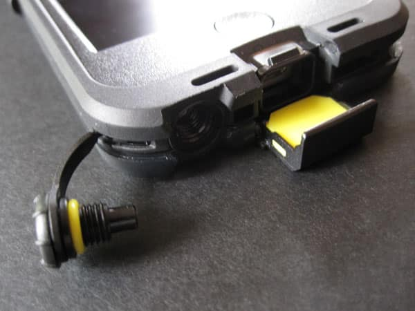 Review: LifeProof Nüüd for iPhone 5