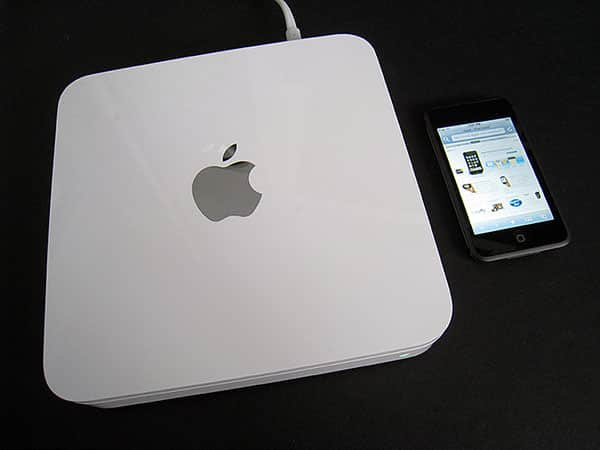 Apple's Time Capsule Gets a Second Chance, But Really Needs An iTunes + iPhoto Server