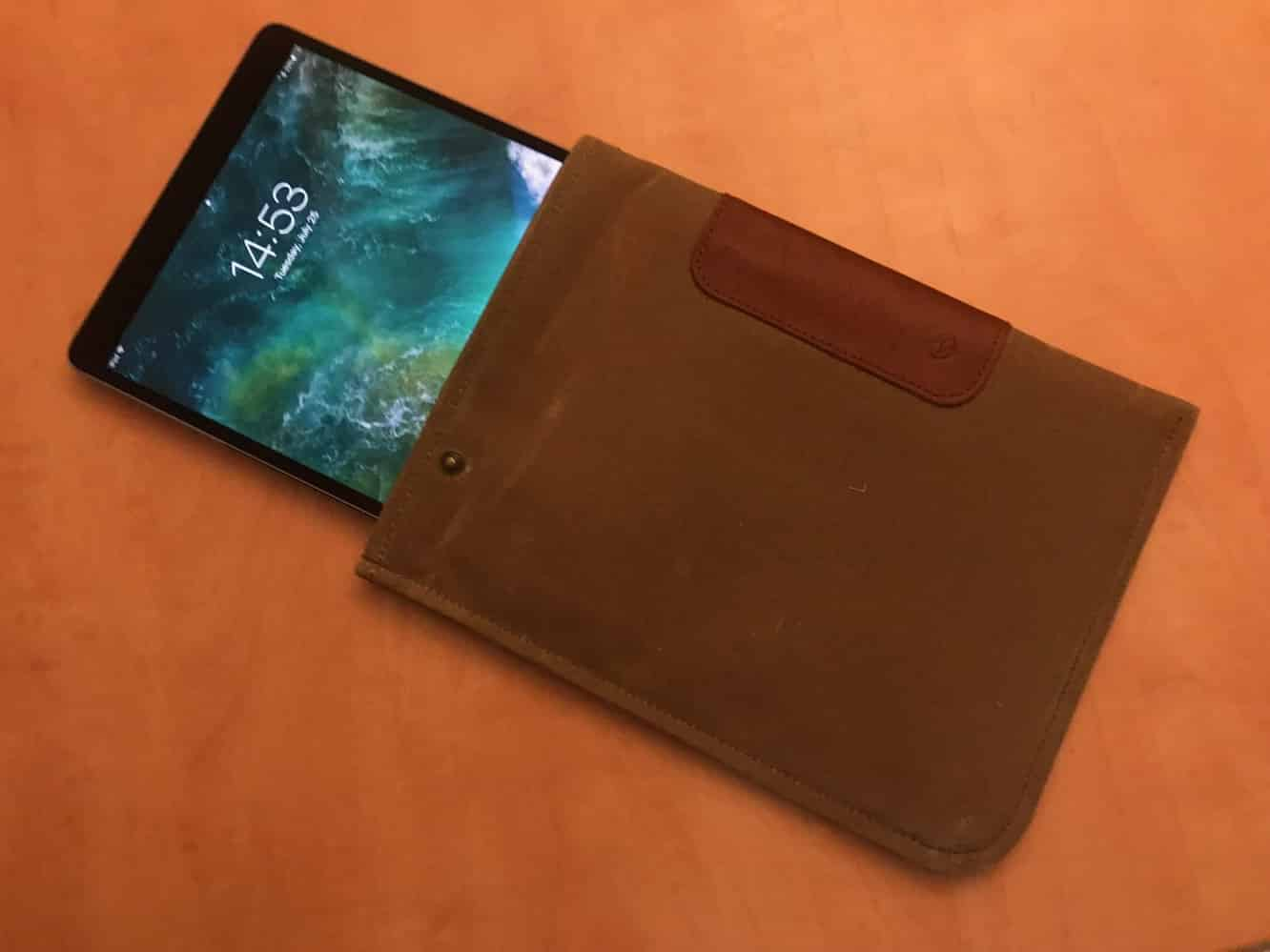 """DODOcase Durables Sleeve for 10.5"""" iPad Pro"""