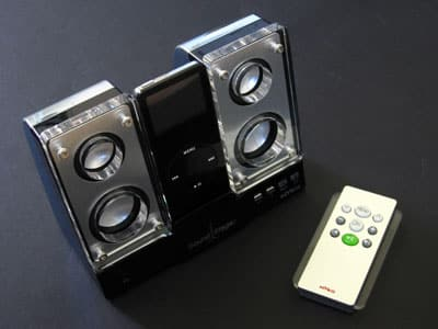 First Look: Nyko Sound Stage Compact Desktop Audio Power Station for iPod nano