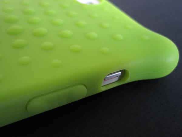Review: Bone Collection Phone Bubble 5 for iPhone 5