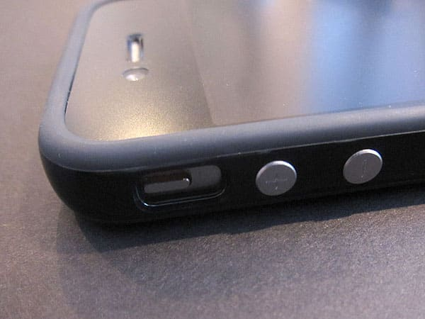 Review: Apple iPhone 4 Bumpers