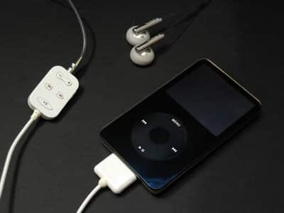 Review: Brando Workshop iPod 5G Remote Cable