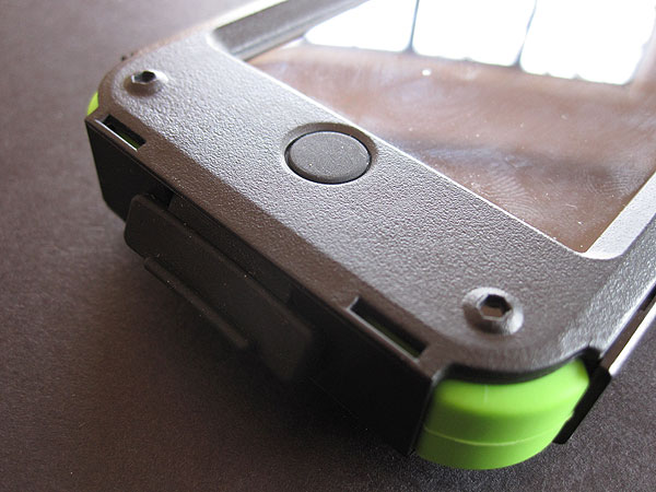 Review: Trident Case Kraken AMS Case for iPhone 4/4S