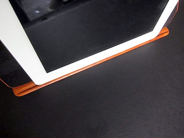 Review: Miniot Cover for iPad 2