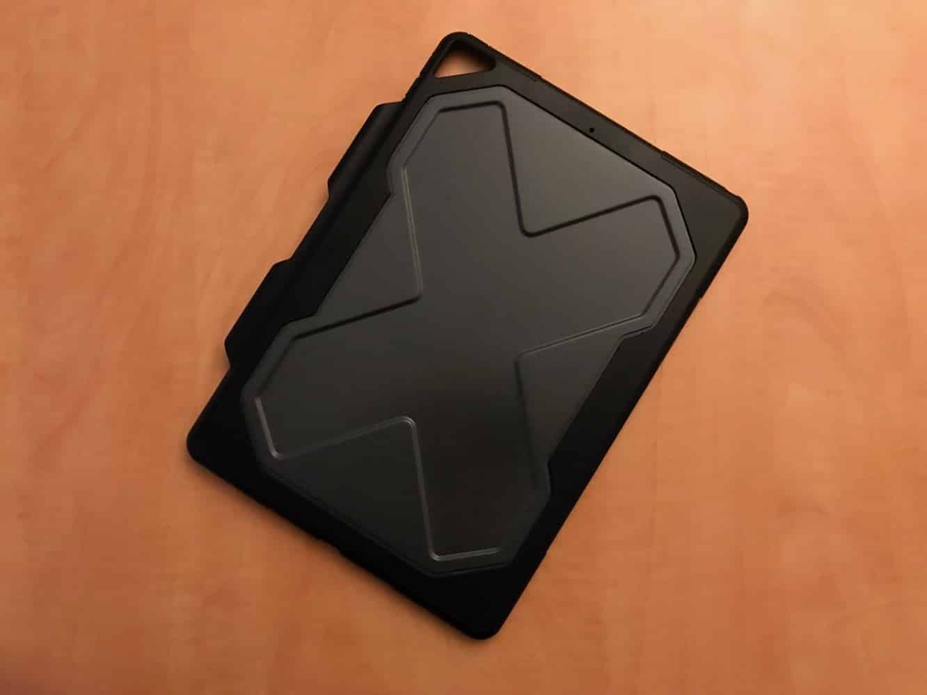 """Review: Zagg Rugged Messenger for 10.5"""" iPad Pro"""