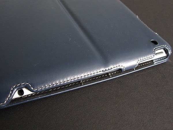 First Look: Simplism Leather Smart Shell for iPad 2