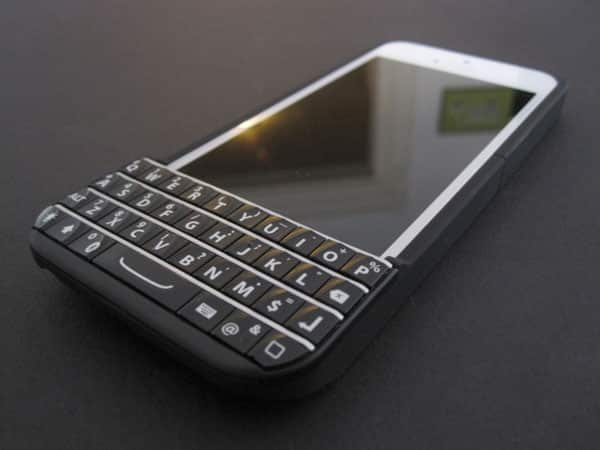 Typo fined $860,000 for violating BlackBerry injunction