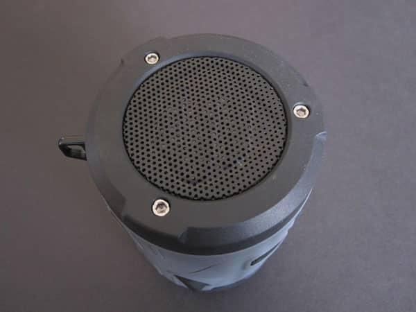 Review: Scosche boomBOTTLE H2O Bluetooth Wireless Speaker