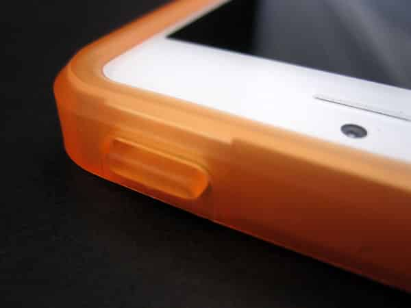 First Look: Kane and McHenry Enterprises Cellhelmet for iPhone 5