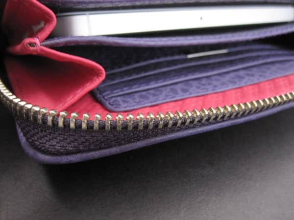 Review: Vaja Lucy Clutch XL for iPhone 5