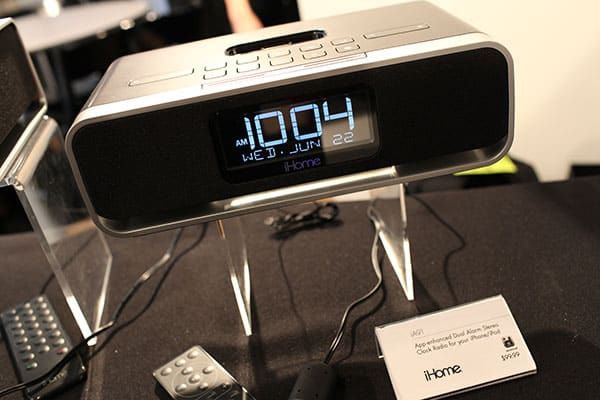 CEA Line Shows: The iPod / iPhone / iPad / Mac Show Report (Updated)