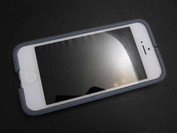 Review: Findables FlexStand and FlexWrap for iPhone 5